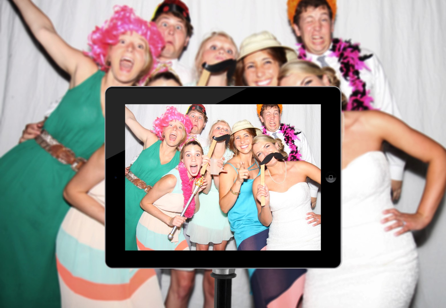 20 Photo Booth Poses to Use at a Naperville Wedding Reception