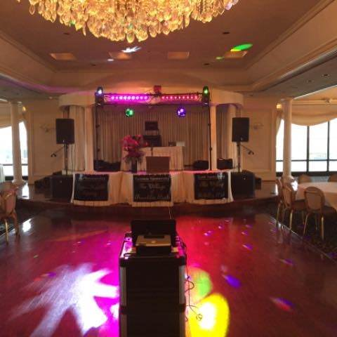 Dance floor lighting for a wedding party